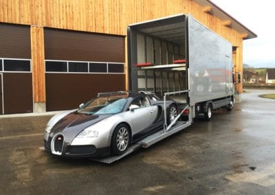 Covered car transporter Europe